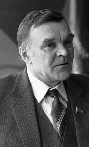 Jurij Vasziljevics Bondarev